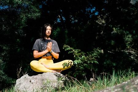 Meditación activa y control mental